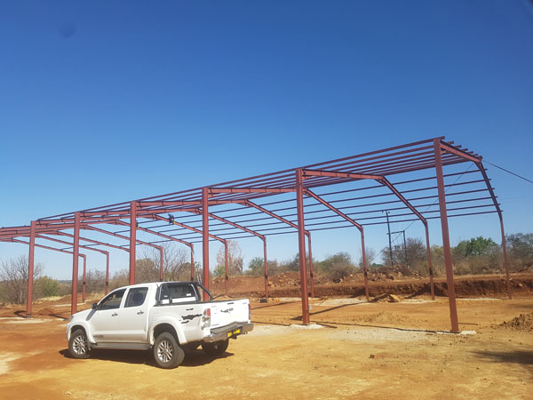 Structural steel frame for warehouse
